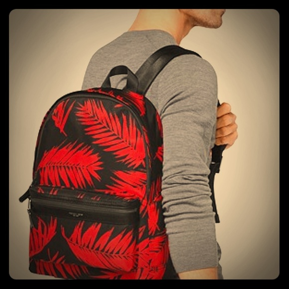 91d5a5decc19 Michael Kors Kent Palm Nylon Backpack. M 5b72fdc94cdc30e19d83b910